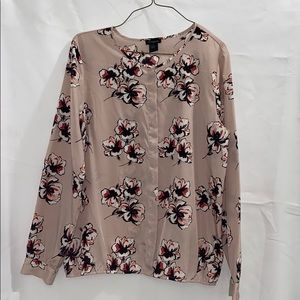 Ann Taylor   Floral Long Sleeve Blouse